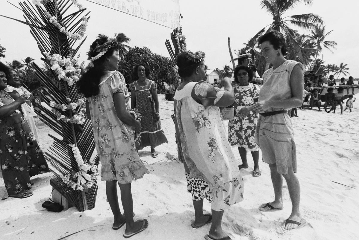 Evacuation of Rongelap Islanders © David Robie / Eyes of Fire / Greenpeace