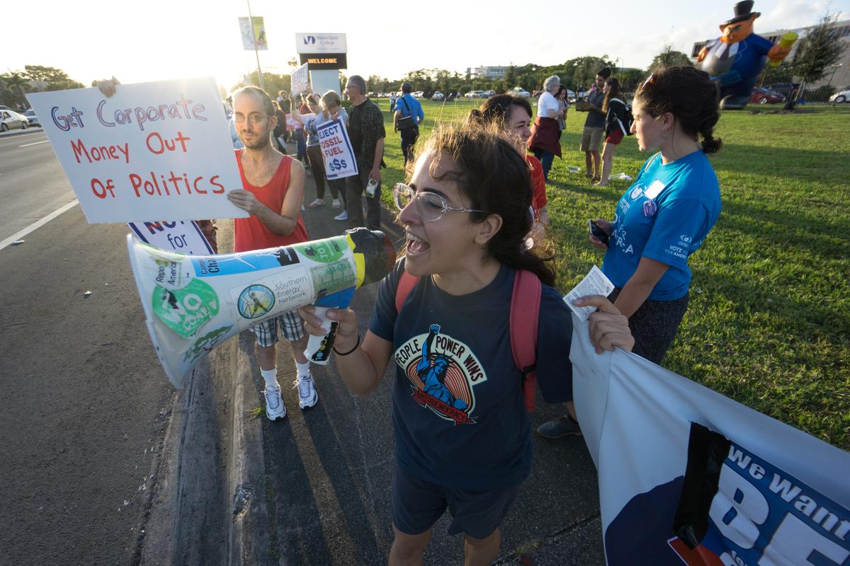 Fix Democracy Rally in Miami © Greenpeace