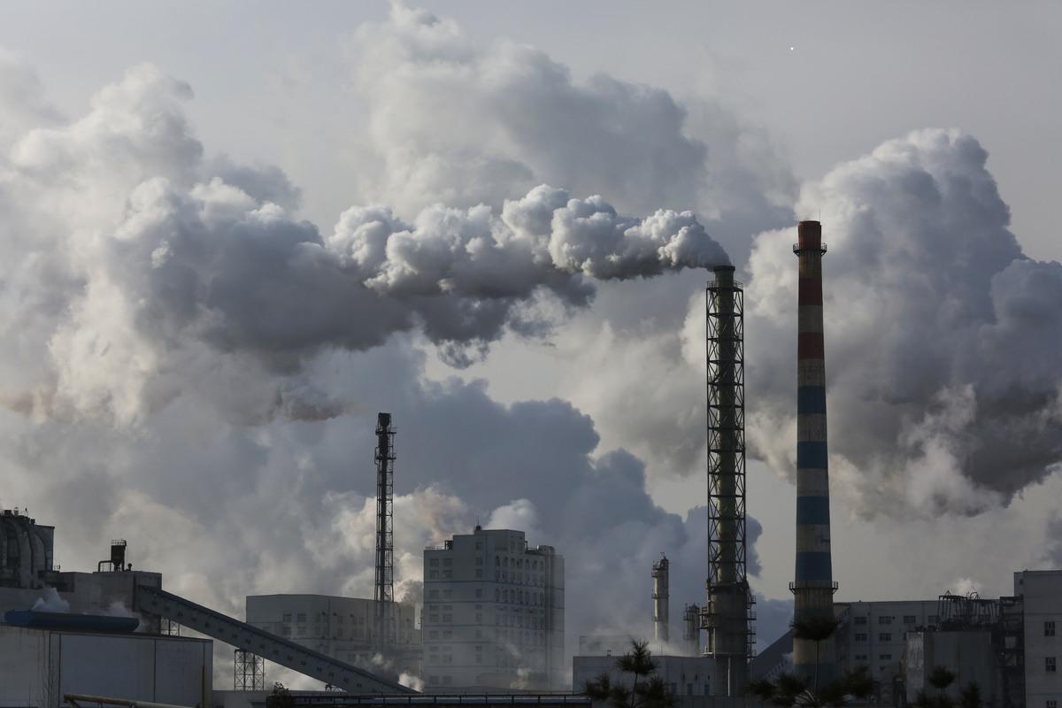 Yulin Coal Industry in China © Nian Shan / Greenpeace