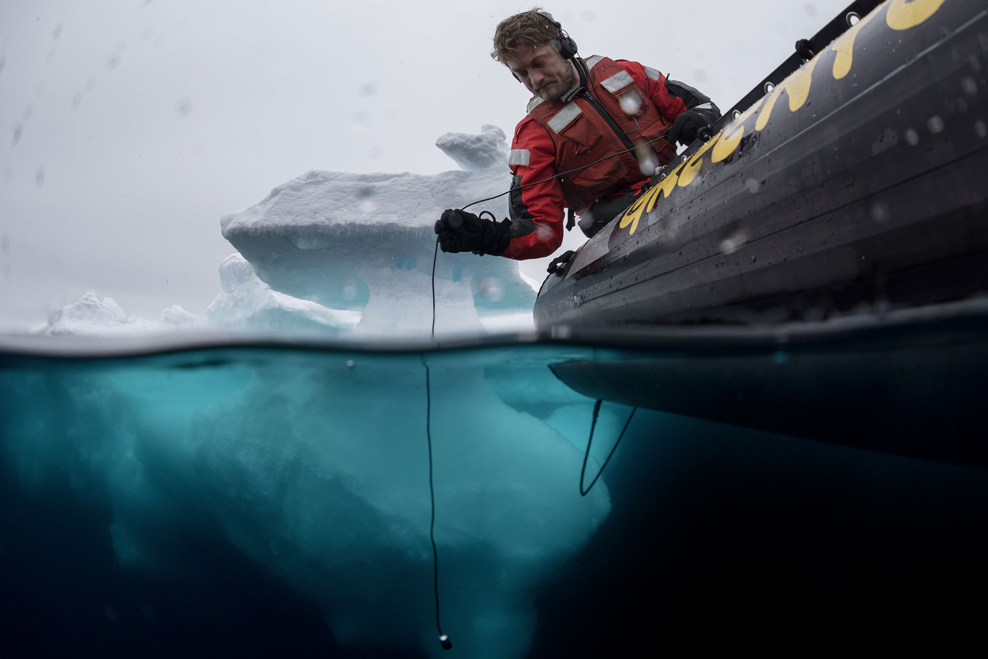 Sune Scheller Monitors Seismic Blasting with Hydrophone. © Christian Åslund / Greenpeace