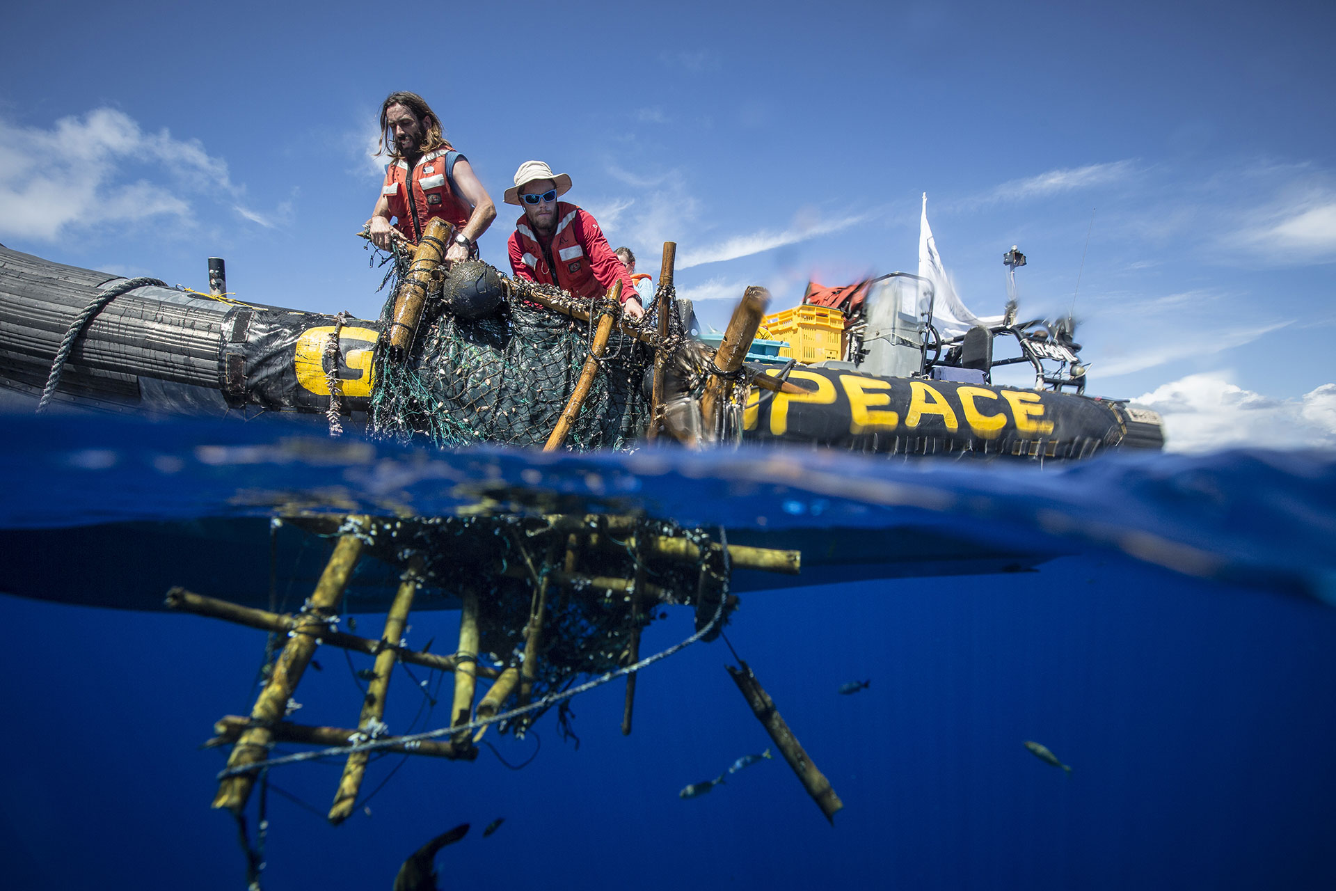 Documenting FADs in the Indian Ocean. © Will Rose / Greenpeace