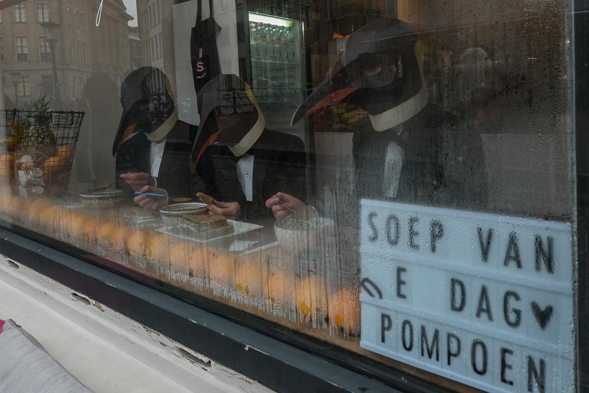 Rise of the Penguins in Utrecht © Andrea Bartosova / Greenpeace