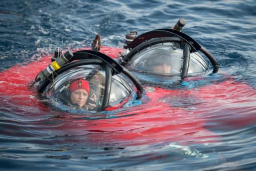 Dr. Susanne Lockhart and submarine pilot John Hocevar © Christian Åslund / Greenpeace