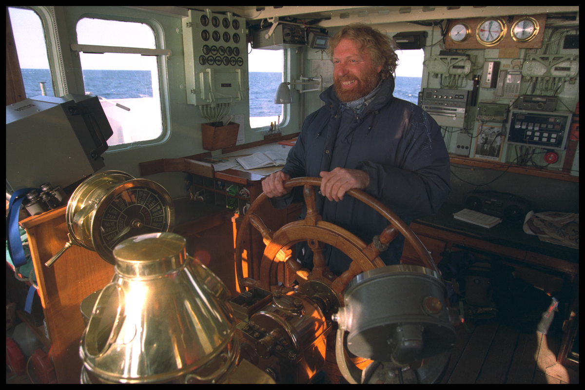 Captain Jon Castle onboard the MV SIRIUS © Greenpeace / Steve Morgan