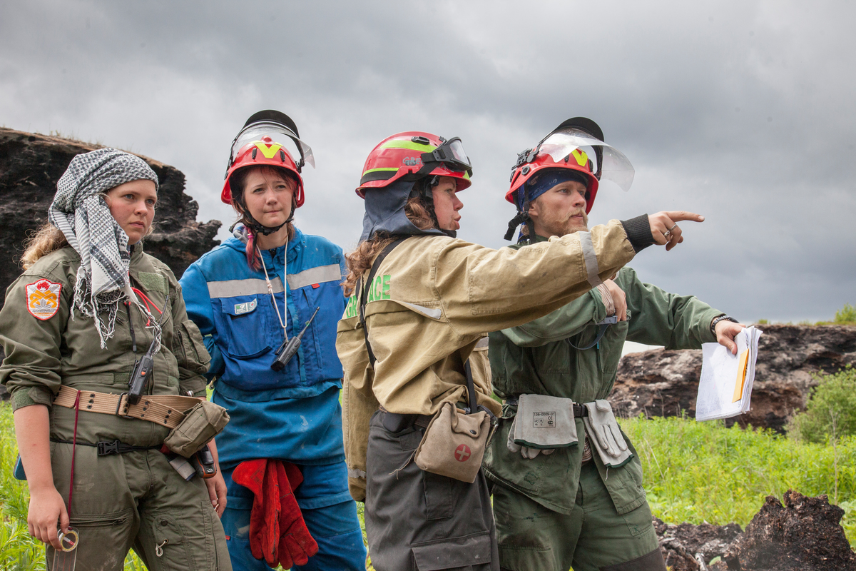 The incredible firefighting women of Russia - Greenpeace