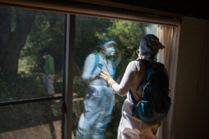Radiation Survey of Mrs. Kanno's House in Shimo-Tsushima © Christian Åslund / Greenpeace