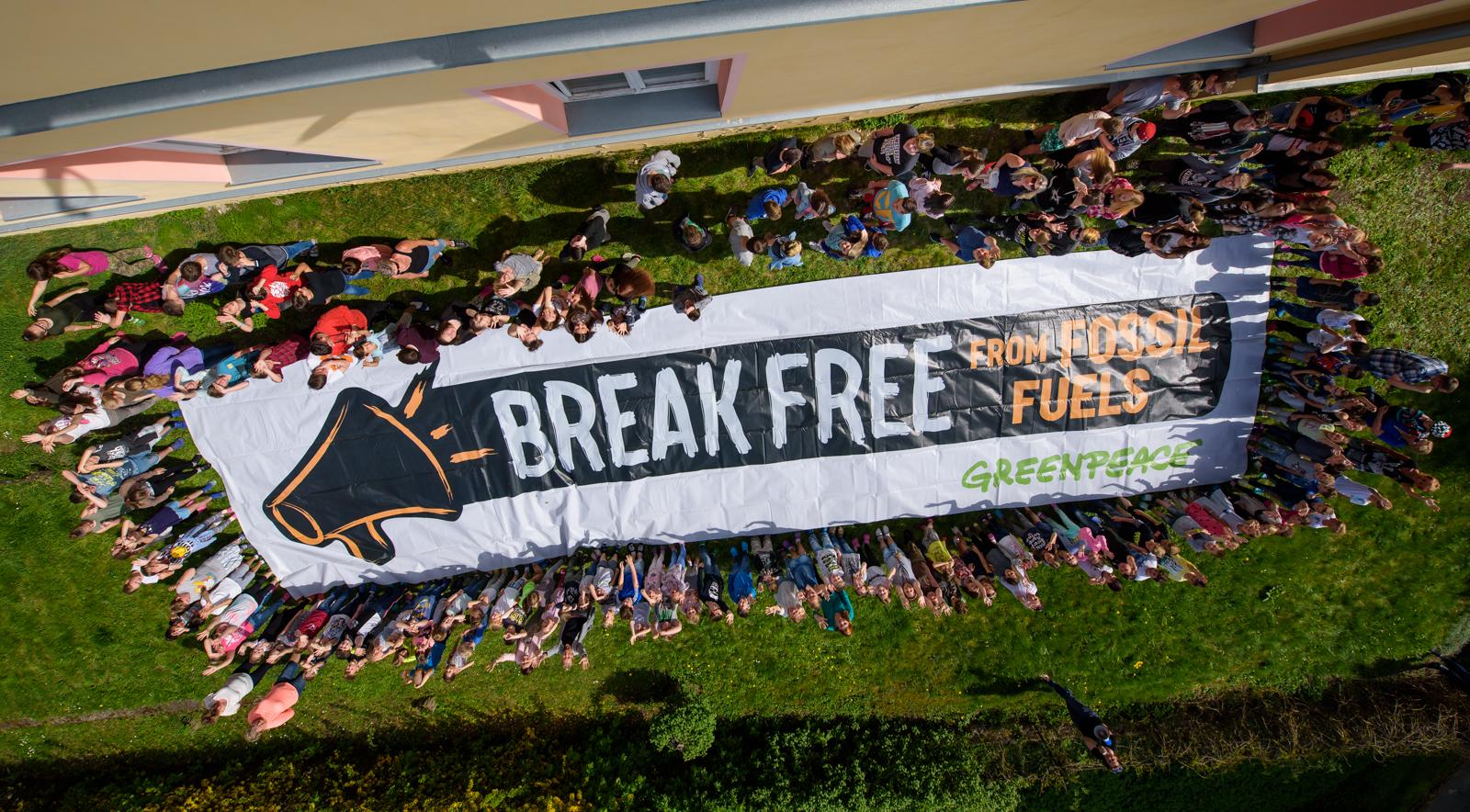 Break Free from Fossil Fuels Activity in Czech Rep © Petr Zewlakk Vrabec / Greenpeace