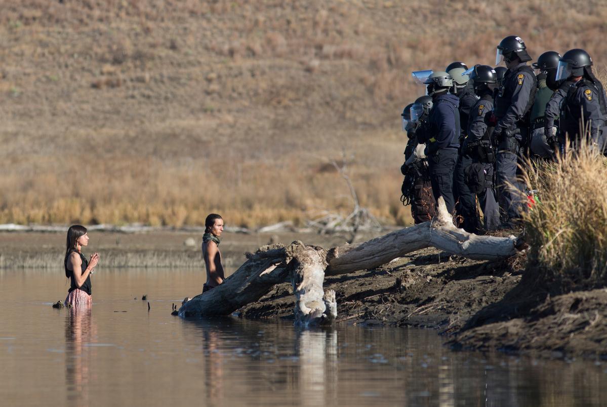 Water Protectors Dakota Access Pipeline Protests Continue © Richard Bluecloud Castaneda / Greenpeace