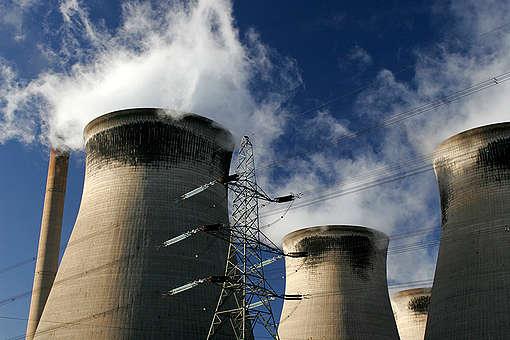 Coal Power Station UK © Steve Morgan / Greenpea
