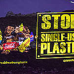 Single Use Plastic Projection © Jurnasyanto Sukarno / Greenpeace