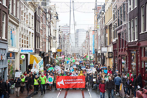 COP21: Climate March in Amsterdam © Chantal Bekker / Greenpeace