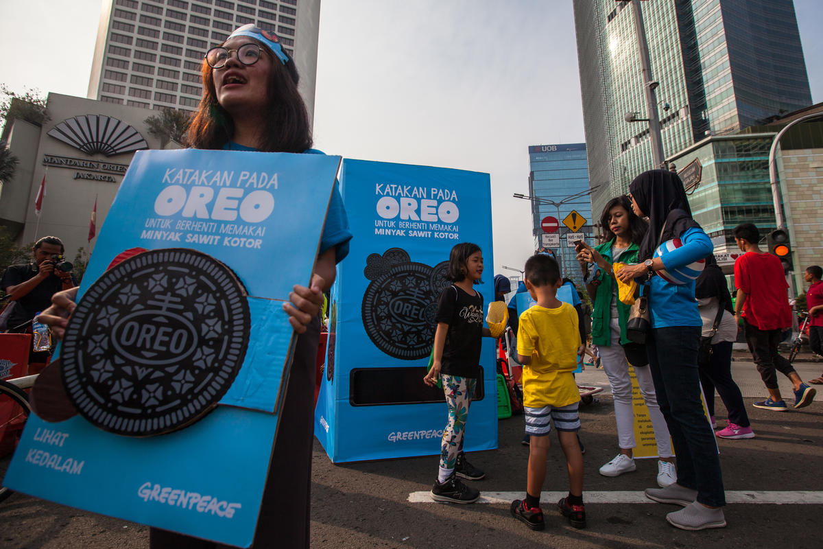 Tell Oreo to Drop Dirty Palm Oil Event in Jakarta. © Jurnasyanto Sukarno