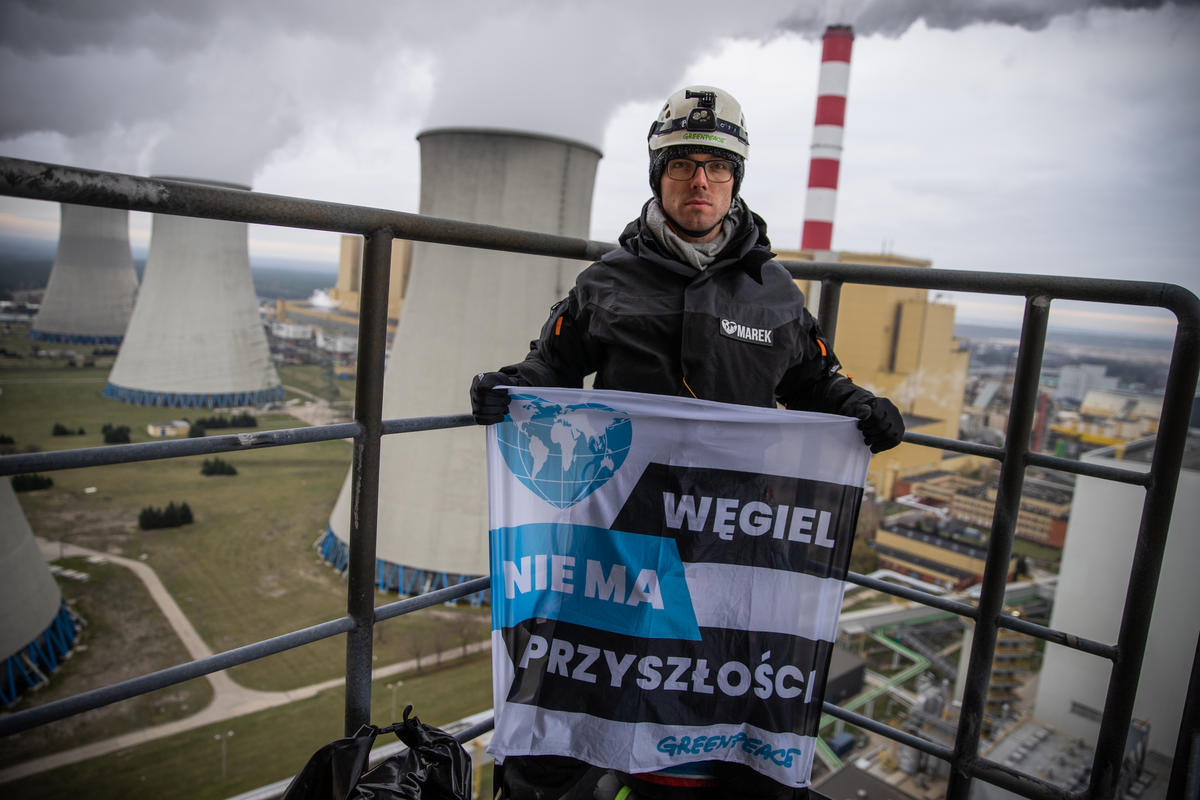 Activists Climb Belchatow Coal Power Plant in Poland. © Anonymous