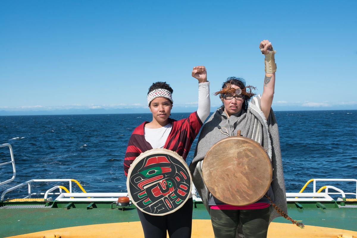 First nations delegates on the Esperanze © Keri Coles/Greenpeace