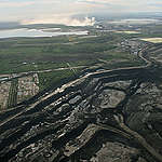 An Open-Pit Mine at the Alberta Tar Sand © Greenpeace / E M