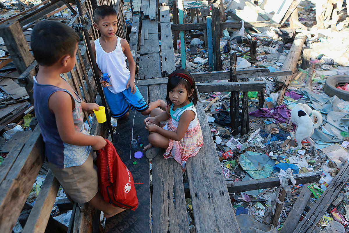 Wastes Documentation in Navotas, Manila. © Rouelle Umali