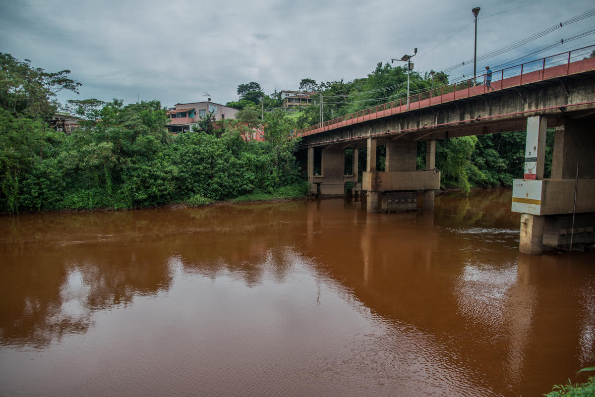 Paraopeba River in Brumadinho. In this area, the river was pronounced dead due to the high level of toxic waste. © Christian Braga