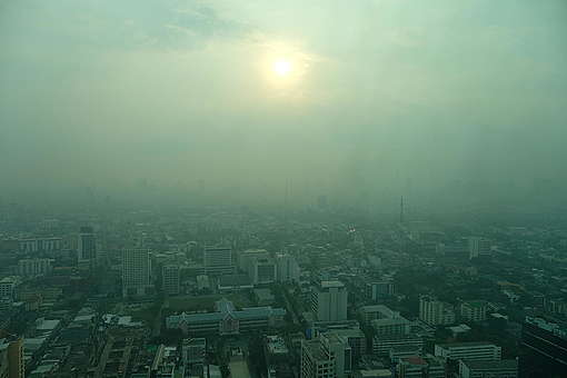 Bangkok Choking on Toxic Smog. © Arnaud Vittet