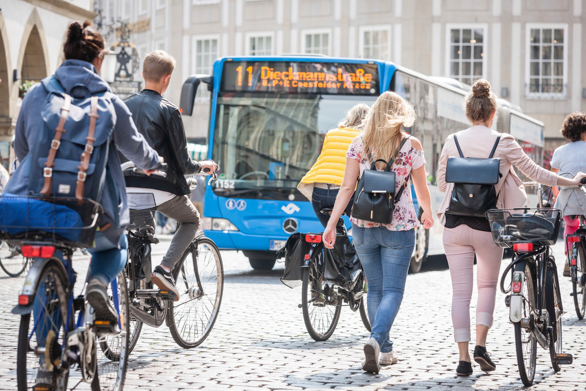 Urban Mobility and Transport in Münster © Bernd Lauter / Greenpeace