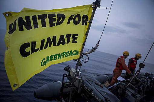 Stop Fossil Fuel Action in Sicily, Italy. © Francesco Alesi / Greenpeace