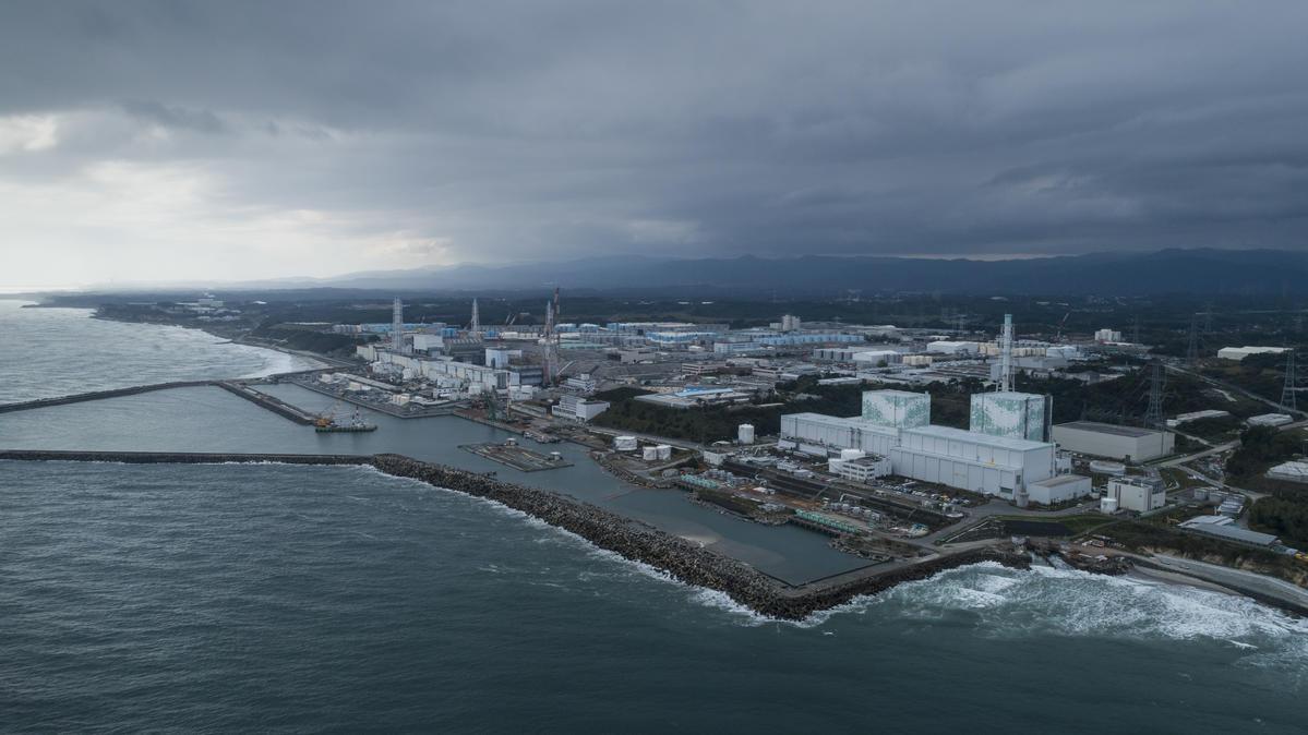 The Nuclear Crisis at the Fukushima Daiichi Nuclear Plant Continues. © Christian Åslund / Greenpeace