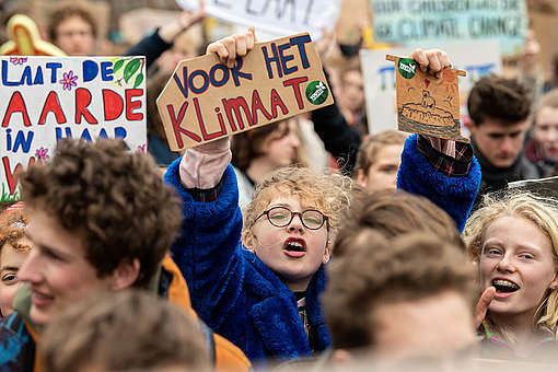 Students Strike in Amsterdam © Maaike Schauer / Greenpeace
