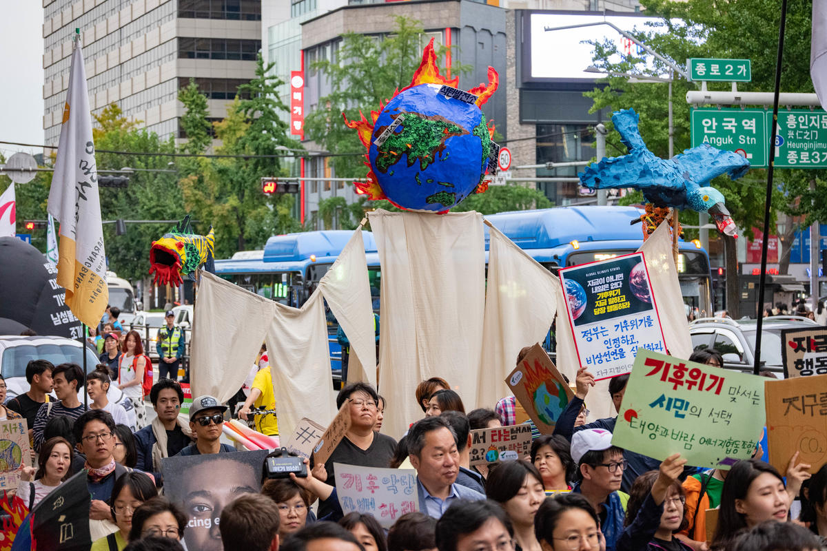 Global Climate Strike and Climate March in Seoul, South Korea. © K. Chae / Greenpeace