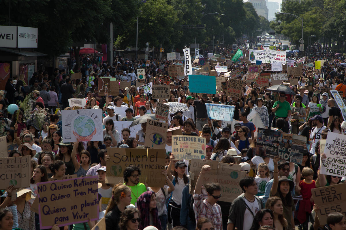 Global Climate Strike March in Mexico. © Ilse Huesca Vargas / Greenpeace