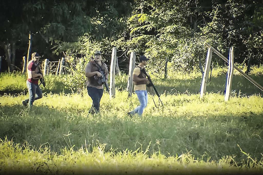 Armed Raid on Estrondo Estate in the Cerrado. © Greenpeace