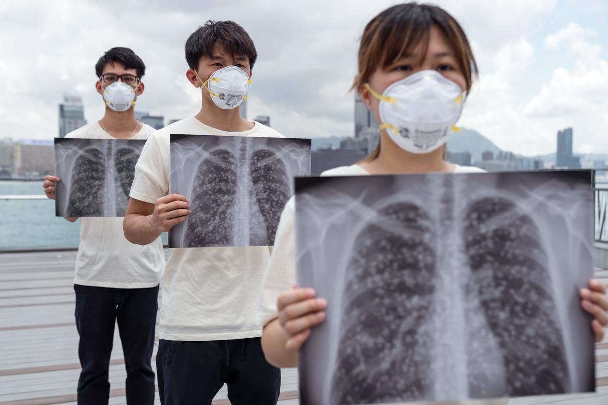 'We Want Clean Air' Action in Hong Kong. © Patrick Cho / Greenpeace