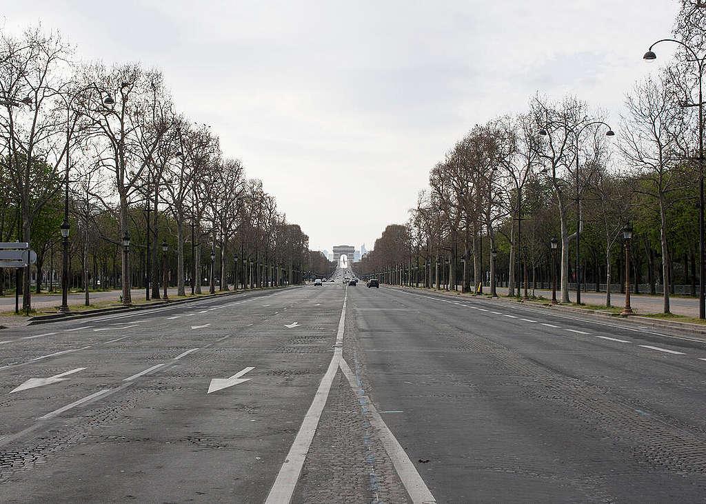 Paris during the Corona Virus Shutdown. © Jérémie Jung / Greenpeace