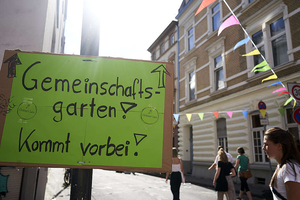 """""""Day of the Good Life"""" in Cologne-Ehrenfeld. © Anne Barth / Greenpeace"""
