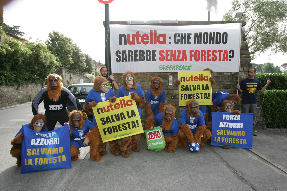 Forests Action at Italian Football Team Headquarters. © Michelangelo Gisone
