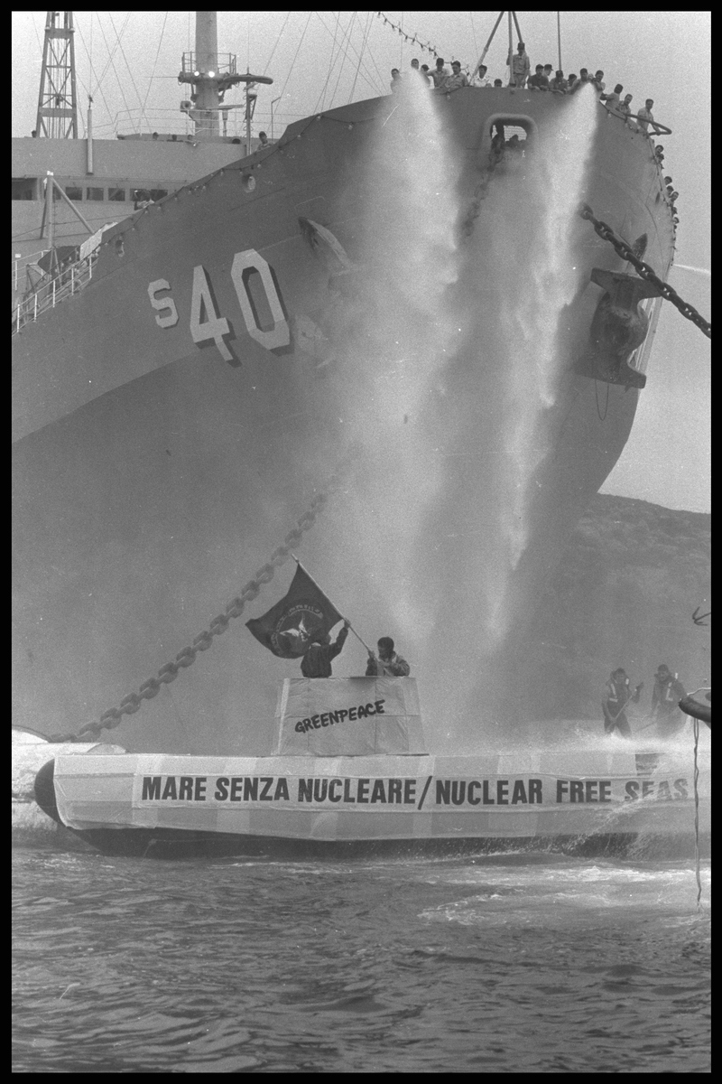 Action against nuclear vessel USS Frank Cable. © Steve Morgan