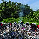 Plastica, nuova ricerca di Greenpeace fa luce sulla crisi del commercio globale dei rifiuti in plastica