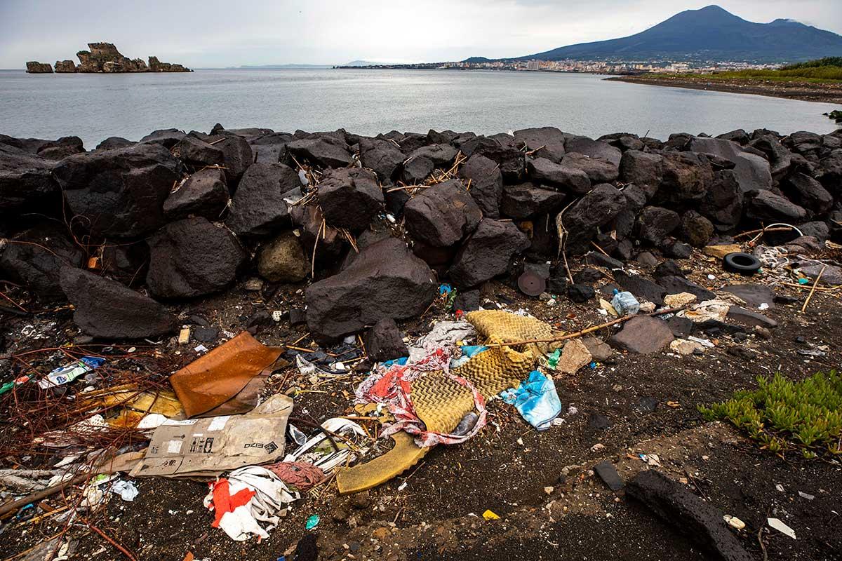 Inquinamento sul Sarno - @Lorenzo Moscia