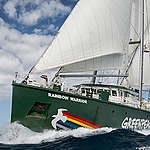 La Rainbow Warrior torna in Italia