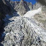 Il Monte Bianco ha dichiarato l'emergenza climatica