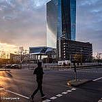 La Banca Centrale Europea smetta di comprare obbligazioni di aziende fossili come Eni!