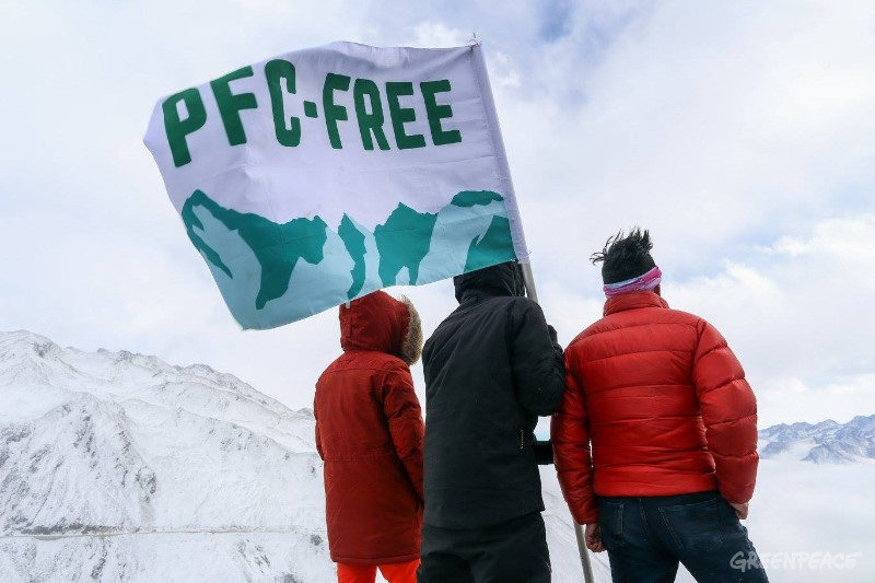ゴア社、有害化学物質のPFCs全廃を約束ーーアウトドア業界リーダーがPFCsを過去のものに