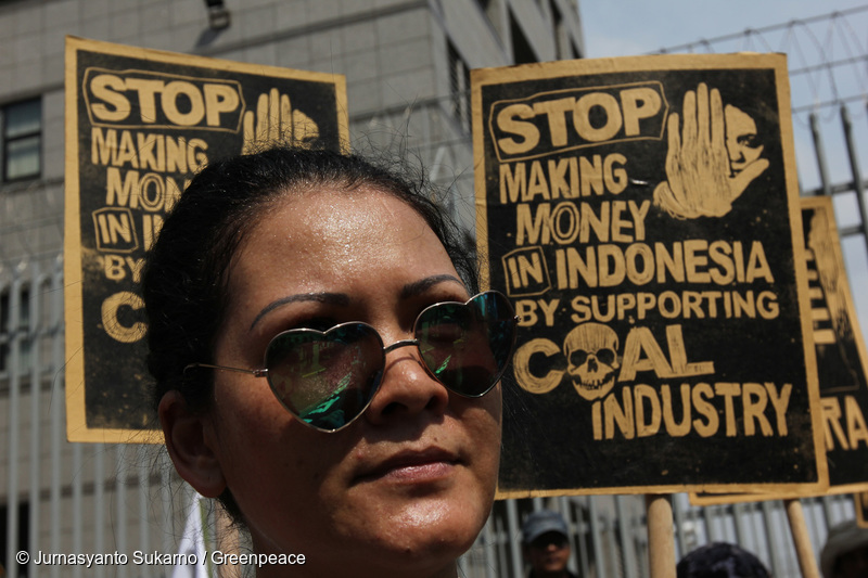 An Indonesian artist Melanie Soebono attends the break free protest in front of Japanese embassy in Jakarta, Wednesday, May 11, 2016. Thousands of people have taken to the streets in a carnival atmosphere to urge the government to end Indonesia's addiction to coal. The demonstration, organised by WALHI, Greenpeace and JATAM, started at Bunderan HI and marched to the State Palace. The marchers carried banners calling for Indonesia to reject coal in favour of clean renewable energy, and to honour the commitment made in the Paris Agreement last year, to reduce the country's carbon emissions. (Jurnasyanto Sukarno/Greenpeace)