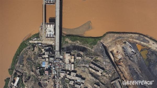 황하강 둑이 변해버린 모습