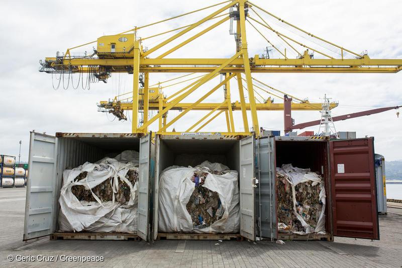 이번에 한국으로 반송된 플라스틱 쓰레기는 불법 수출된 플라스틱 쓰레기 총 6500톤 중 민다나오 국제 컨테이너 터미널에 압류돼 있던 51개 컨테이너 1400톤이다.
