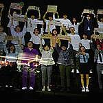 """그린피스, 청소년·청년 33인 참여 초대형 홀로그램 퍼포먼스... """"개원 국회 기후위기 즉각 대응"""" 촉구"""