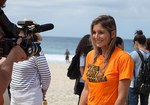 Brazilian Surfer Maya Gabeira Joins the Defend the Amazon Reef Campaign in Brazil. © Barbara Veiga