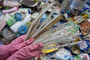 Plastics Brand Audit at Wonnapa Beach in Chonburi. © Chanklang  Kanthong