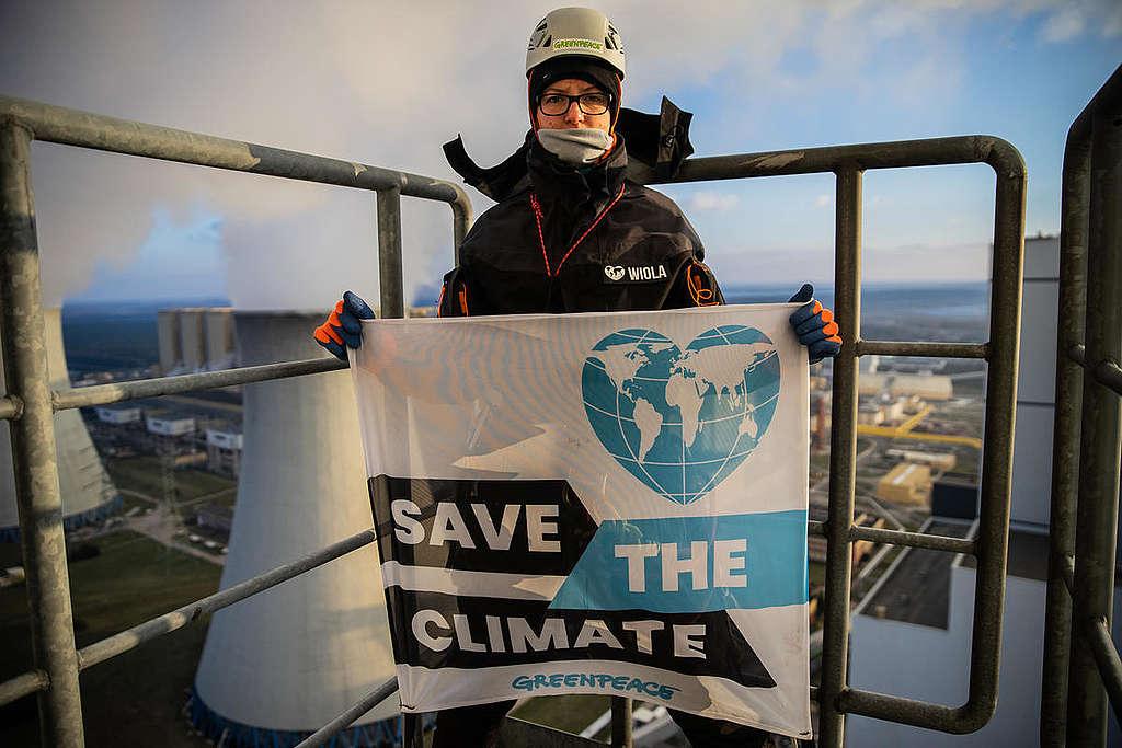 GP0STSRJ7_Medium_res_Greenpeace