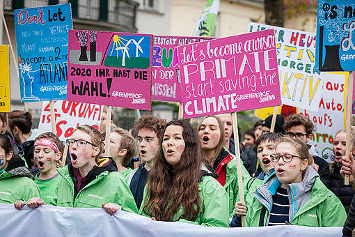 Kids for Earth demonstrieren bei der COP23 in Bon