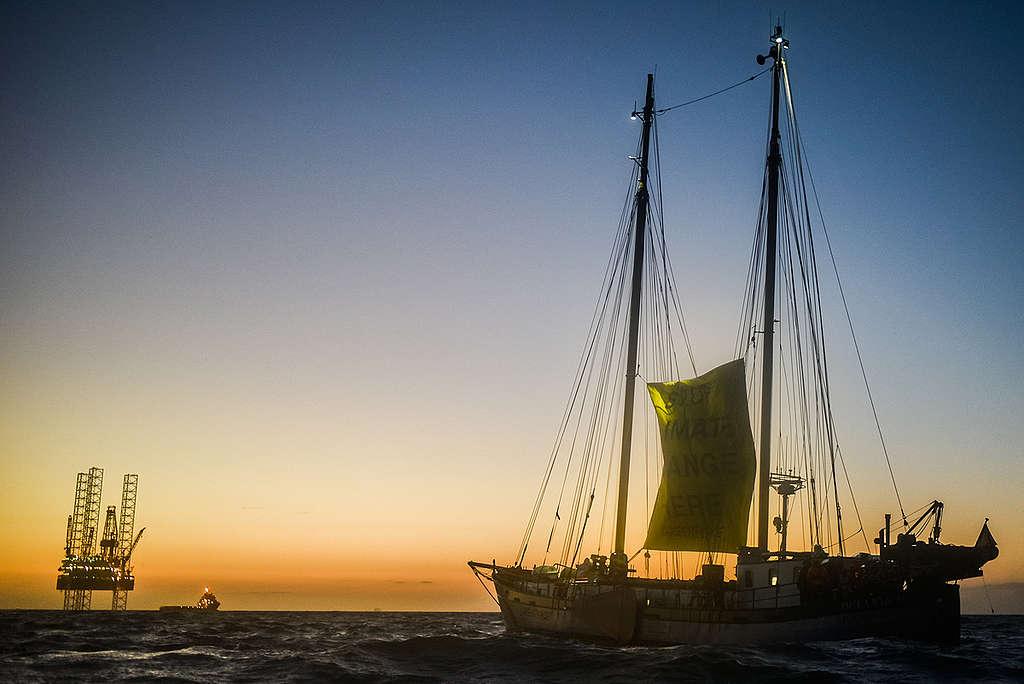Action against Exploratory Drilling in the North Sea. © Joris van Gennip