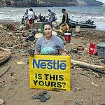 Plastic Clean Up on Kaho'olawe. © Tim Aubry